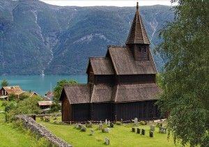 biserica-lemn-norvegia-u