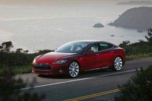 Tesla Model S (sursa - Tesla Motors)