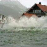 O furtuna puternica loveste coastele Norvegiei