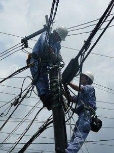 muncitori_electricieni