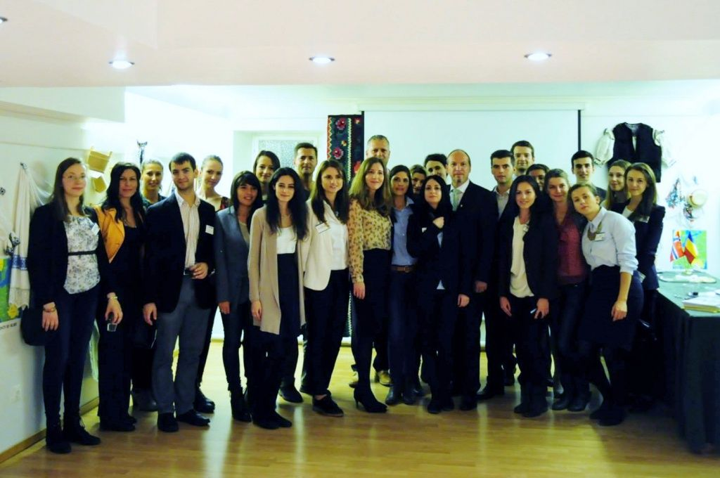 intalnire studenti ambasada 2014