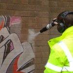 Muncitori (îndepărtare graffiti de pe pereți) – Suedia