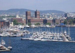 Oslo_-_vedere_de_pe_apa